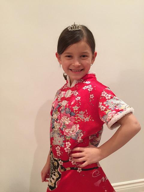 以伊万卡为人生榜样的混血小模特Sarah