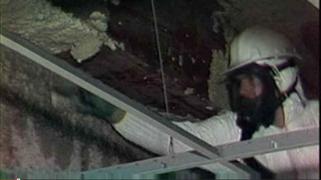 140627_9z520_rci-asbestos-removal_sn635.jpg