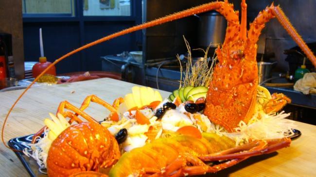 150402_7u4en_rci-lobster0_sn635.jpg