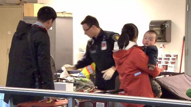 春节期间海关太狠!多伦多华人带300加币都被查