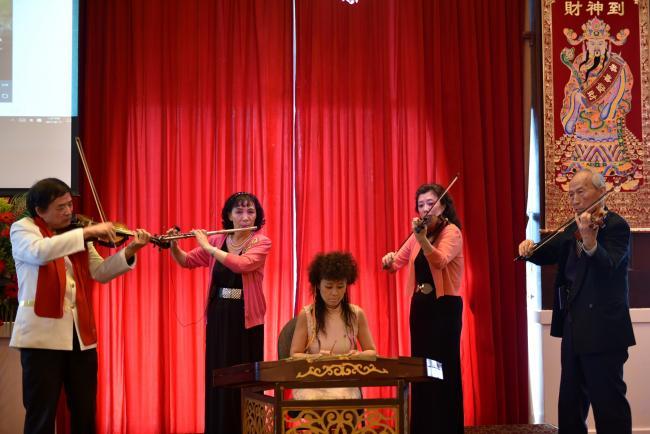 器乐合奏茉莉花和映山红