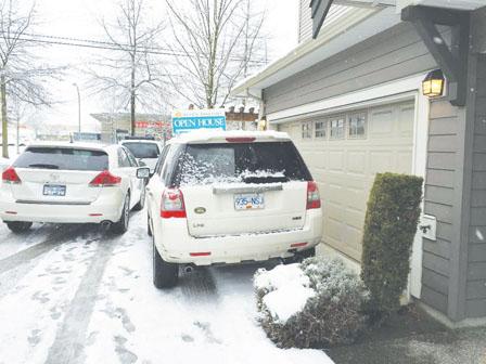 卑诗上月房屋销售降两成 大雪影响不可低估