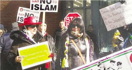 十多人清真寺外示威 呼吁加拿大禁止伊斯兰教