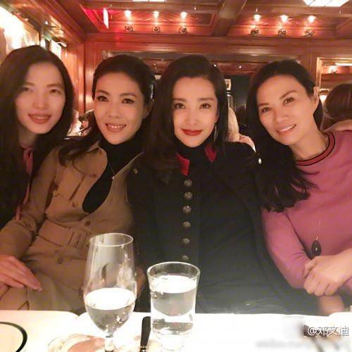 中国女人在纽约!邓文迪李冰冰苏芒闺蜜聚会