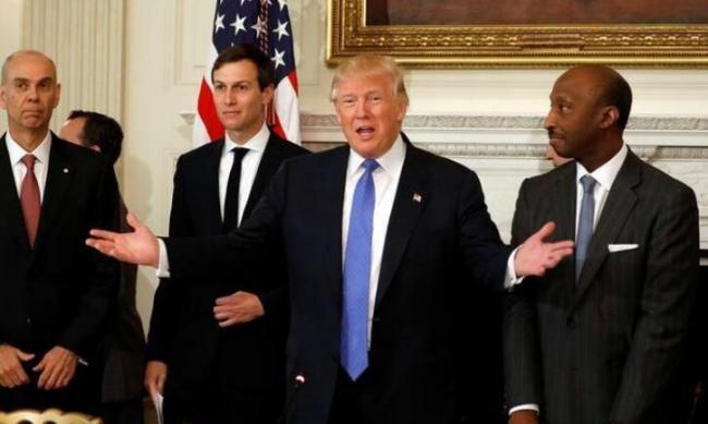 川普:中国加入WTO后 美国倒闭了7万家工厂