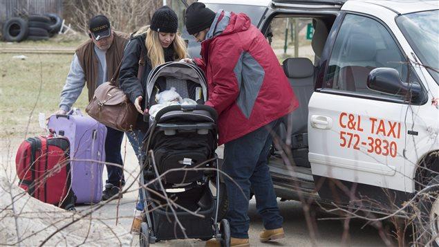 從美國偷渡的難民瀕臨失控 加拿大政界忍無可忍