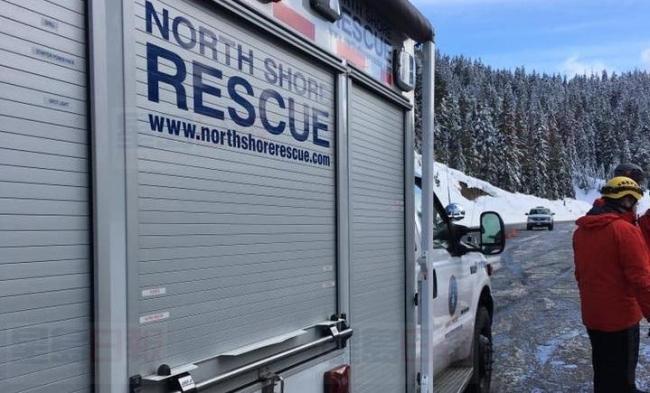 西温Cypress Mountain发生雪崩 一男子获救
