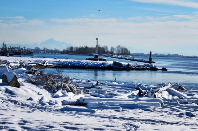 笑哭 我们要在温哥华看着雪迎接夏令时!