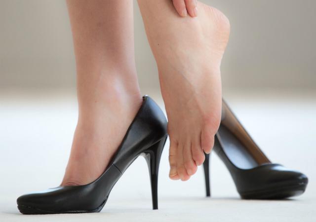 heels_negativeeffectsSTORY.jpg