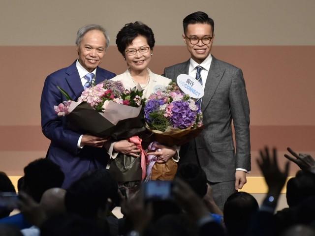 揭秘香港特首丈夫 数学博士为人低调