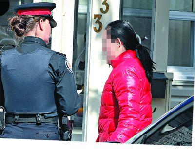 華裔虎爸虎媽走遍三大洲移民 他卻殺死父母