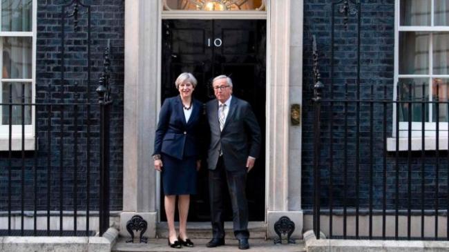 """从晚宴""""不欢而散""""看英国脱欧难在哪儿"""
