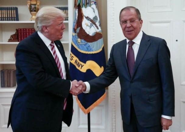 美媒再曝料:辞掉科米 川普对俄外长说松了口气