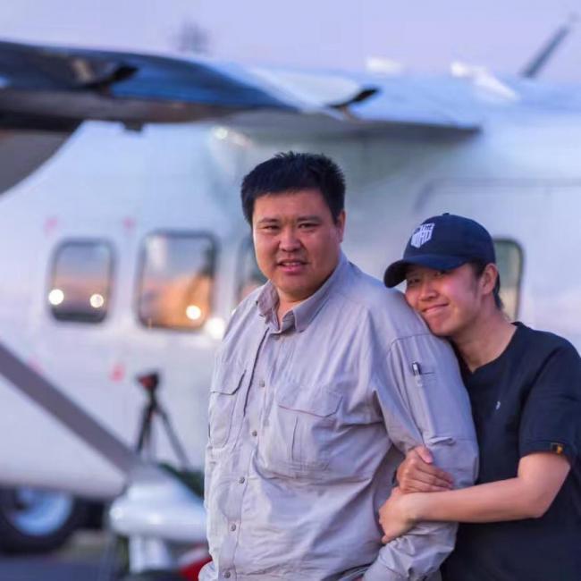 超给力!中国夫妇驾国产飞机环球6万公里回京