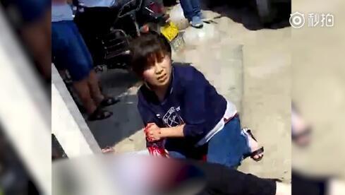 贵州男子持刀沿路砍人 5分钟内致6死