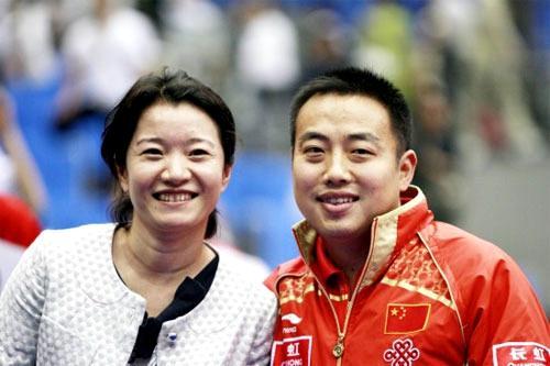 刘国梁成功背后的女人 默默坚守25年