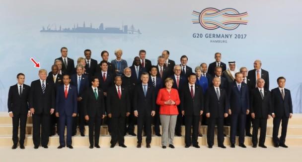 """川普G20""""靠边站"""" 大合照美元首遭罕见冷落"""