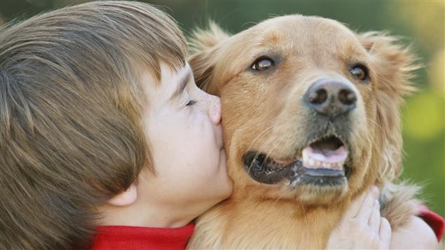 150406_jy7iz_enfant-chien_sn635.jpg