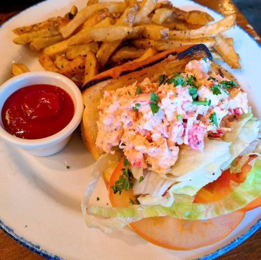 溫哥華5間不可錯過的龍蝦三文治店