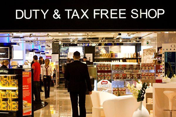 中国游客暴涨 加拿大机场免税店赚翻了 这些要慎重地买