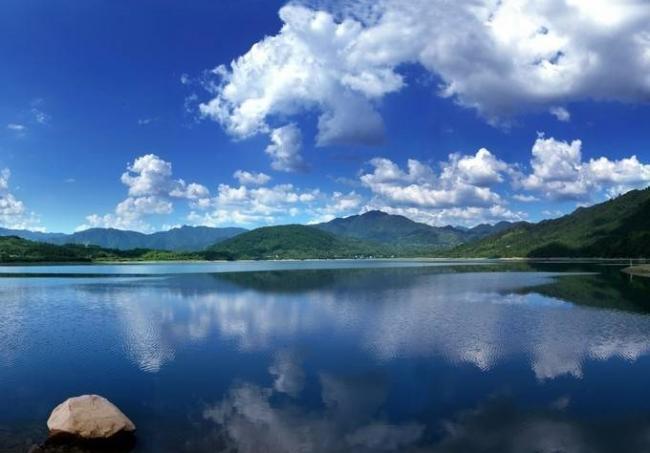 黄山太平湖 有山有水的度假胜地