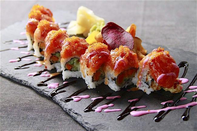 白石鎮靠海吃海鮮,日式魚生壽司任你選