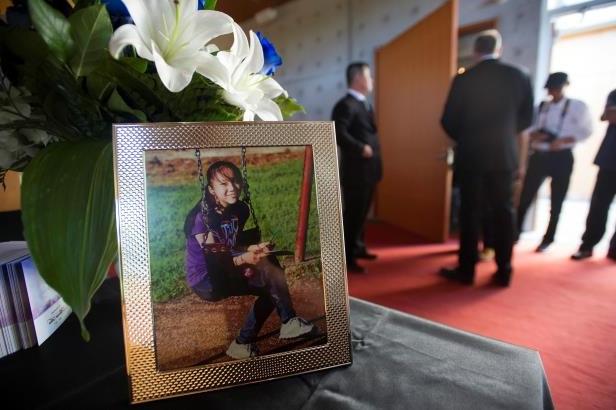 13岁华裔女孩遇害案成谜 嫌犯可能参加了葬礼