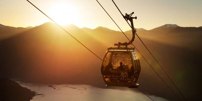 lead-2---Squamish-gondola-discount--vancouver-50%25-off-saturdays---sunset---david-buzzard-.jpg