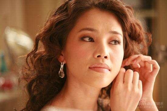 10年前姜文都为她痴迷,好好的一张脸变这样