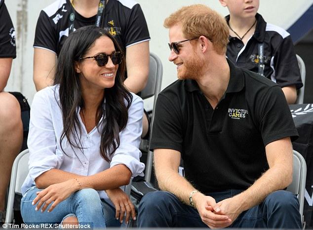 哈里王子圣诞前订婚英王室将首迎非裔新王妃