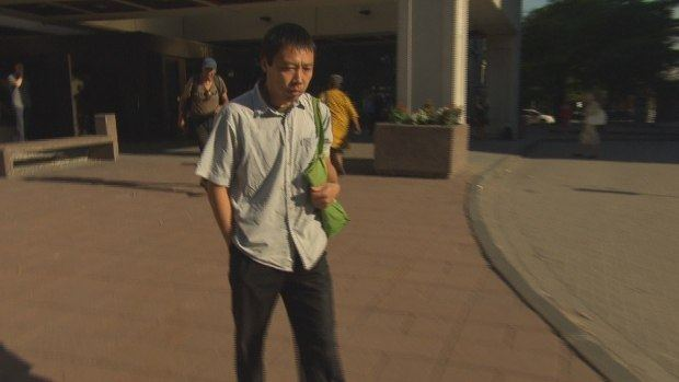 华裔护工判入狱90天 曾对89岁老人拳打脚踢