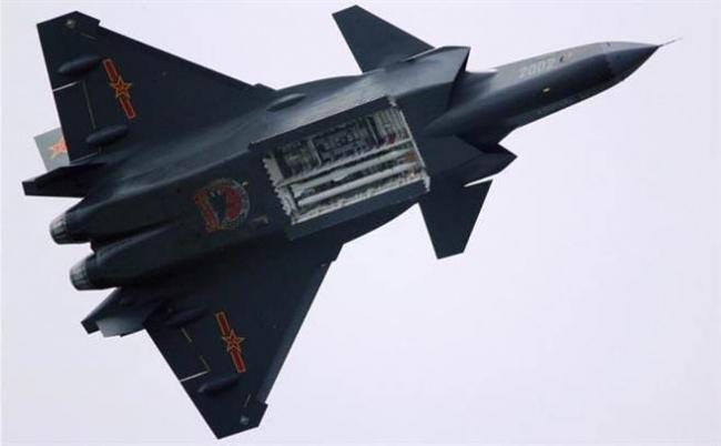 比F22轻5吨!歼20就是靠这技术超音速的