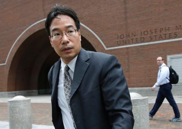 美华裔药剂师涉杀25病人 控方斥袖手旁观
