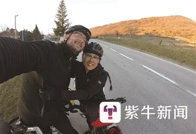 """从德国骑到中国 携德国老公""""回娘家"""""""