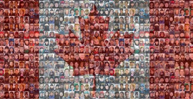 canadian-flag-mosaic-by-tim-van-horn-2010-e1467039401554.jpg
