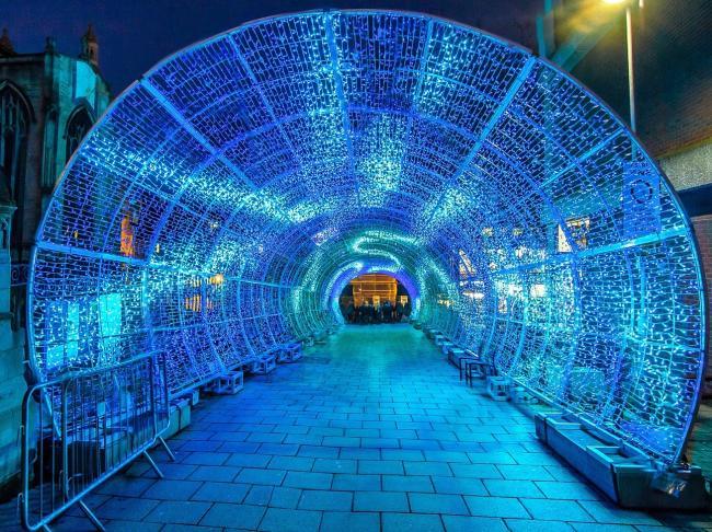 tunnel-2020790_1920.jpg