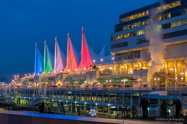 canada-place-vancouver-christmas.jpg