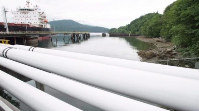 优发国际西向输油管道又清除一个障碍