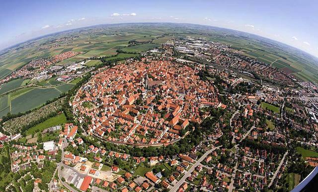 小镇竟镶满72000吨钻石 居民千年来却一无所知