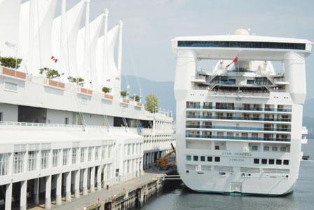 今年236艘邮轮带来84万游客  每船贡献300万收益