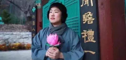 中国人移民尊宝娱乐后 最后都活成了佛系