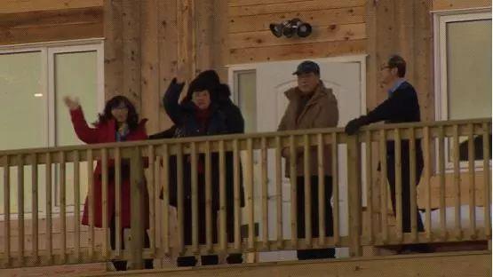 极寒天气下的加拿大美成仙境 大批中国游客来了