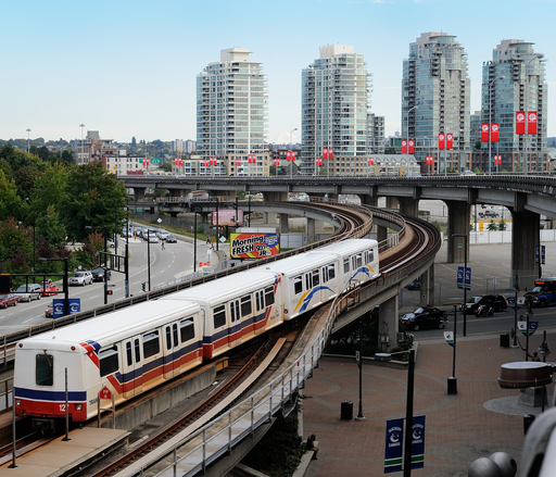 512px-TransLink_SkyTrain_departs_Stadium-Chinatown_station_in_Vancouver,_British_Columbia,_Canada.png