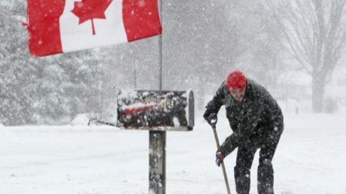 blizzard-shovelling-500x281.jpg