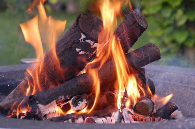 有毒!大温全面禁止燃烧木材势在必行