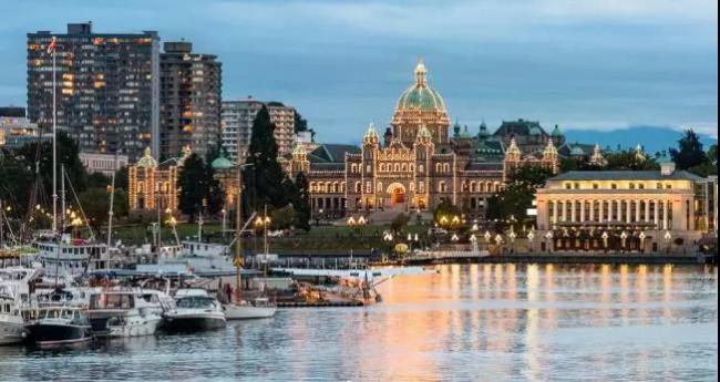 还被困在温哥华、多伦多?这些城市才是热门…