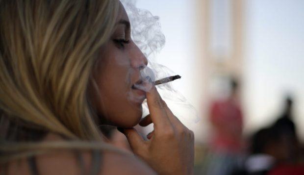 大麻合法化 政府管制的大麻打得过黑市大麻吗?