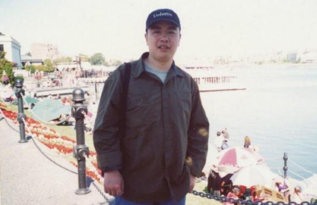 华人移民接遣返令后自杀 父母状告加拿大政府