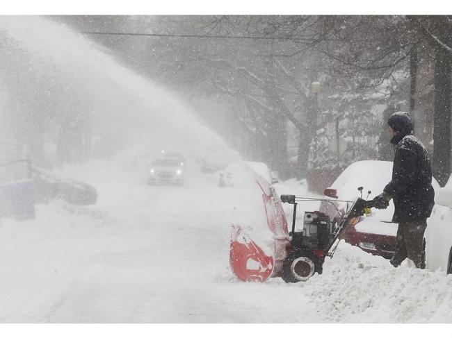 雪太多 蒙特利尔接连发生家用吹雪机被盗案