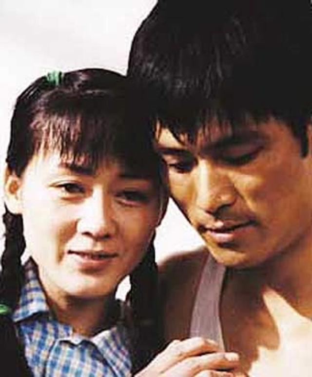 24岁拿影后 嫁大10岁导演被抛弃 二婚嫁世界冠军